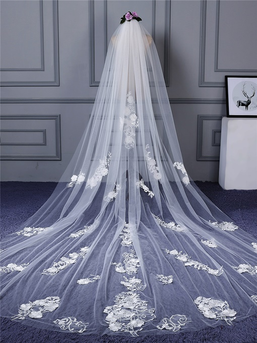 Cathedral Train Appliques Bridal Veil