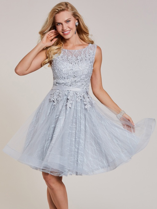 6318b9aa530 Scoop Neck Lace-Up Appliques A Line Homecoming Dress