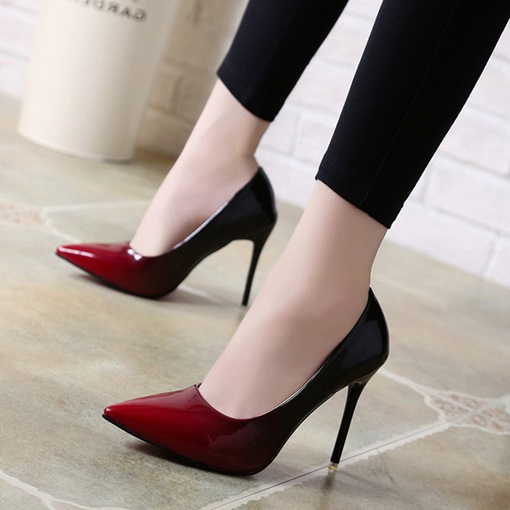Patent Leather Gradient Slip On Women's Pumps