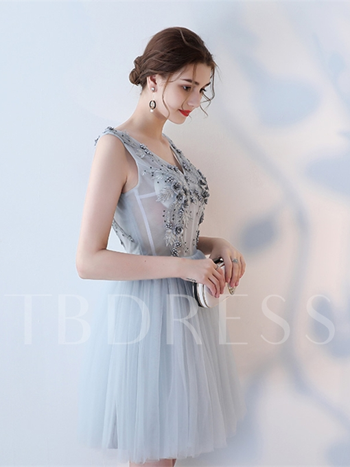 A-Line V-Neck Appliques Flowers Pearls Knee-Length Homecoming Dress