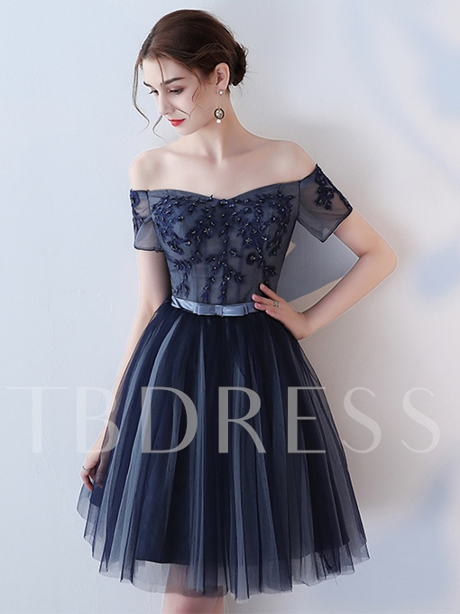 Appliques Beading Bowknot Sashes Off-the-Shoulder Homecoming Dress