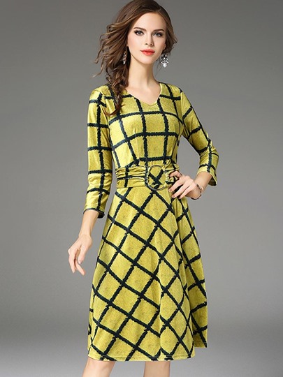 Yellow 3/4 Sleeve Buckled Women's Day Dress
