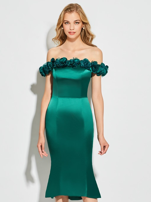 Sheath Off-the-Shoulder Appliques Flowers Cocktail Dress