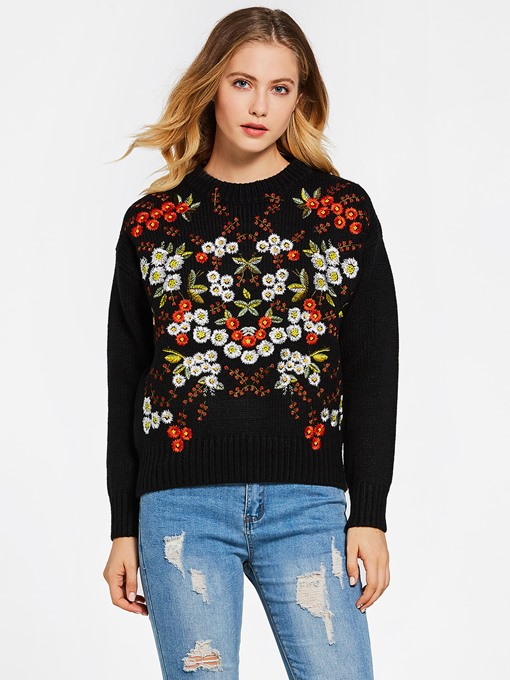 Round Neck Floral Embroidery Loose Women's Sweater