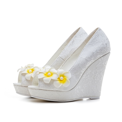 Plus Size Wedge Heel Appliques Floral White Lace Wedding Shoes for Bride