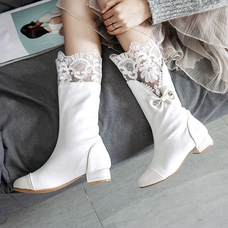 Bridal Wedding Shoes Low heel, Lace Floral Bow Wedding Shoes for Bride
