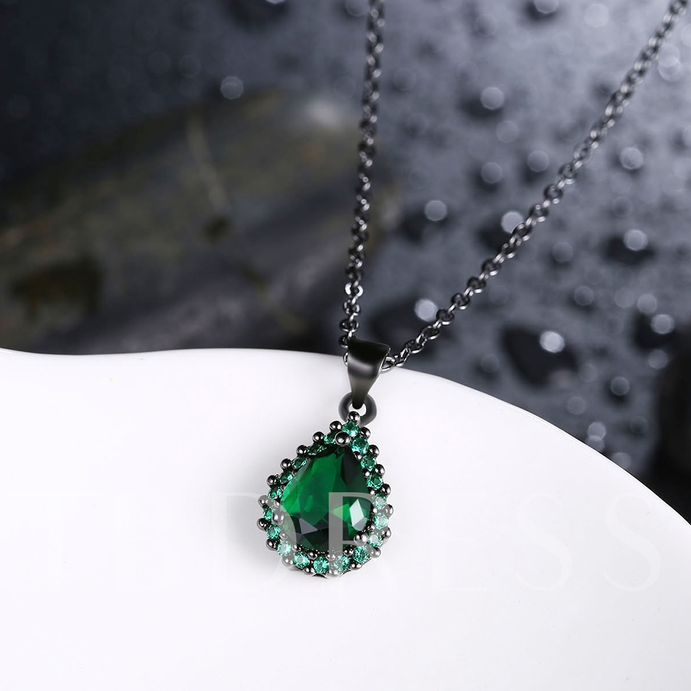 Black Coating Diamante Link Chian Pear Shaped Necklace