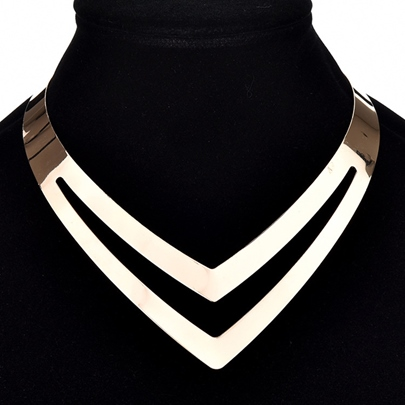 Punk Metallic Hollow Out V-Neck Necklace
