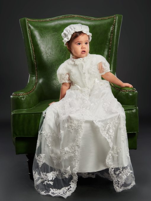 Lace Pearls Bowknot Baby Girl's Christening Gown with Bonnet
