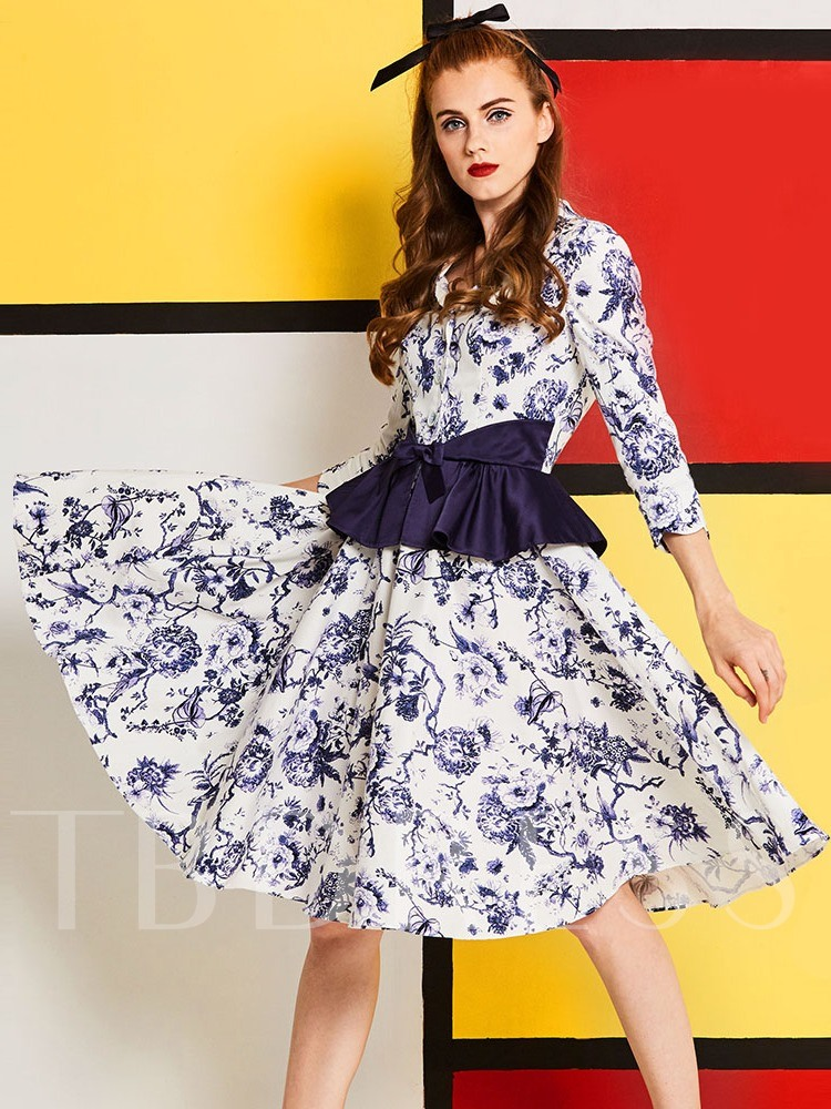 White 3/4 Sleeve Printing Knot Women's Day Dress