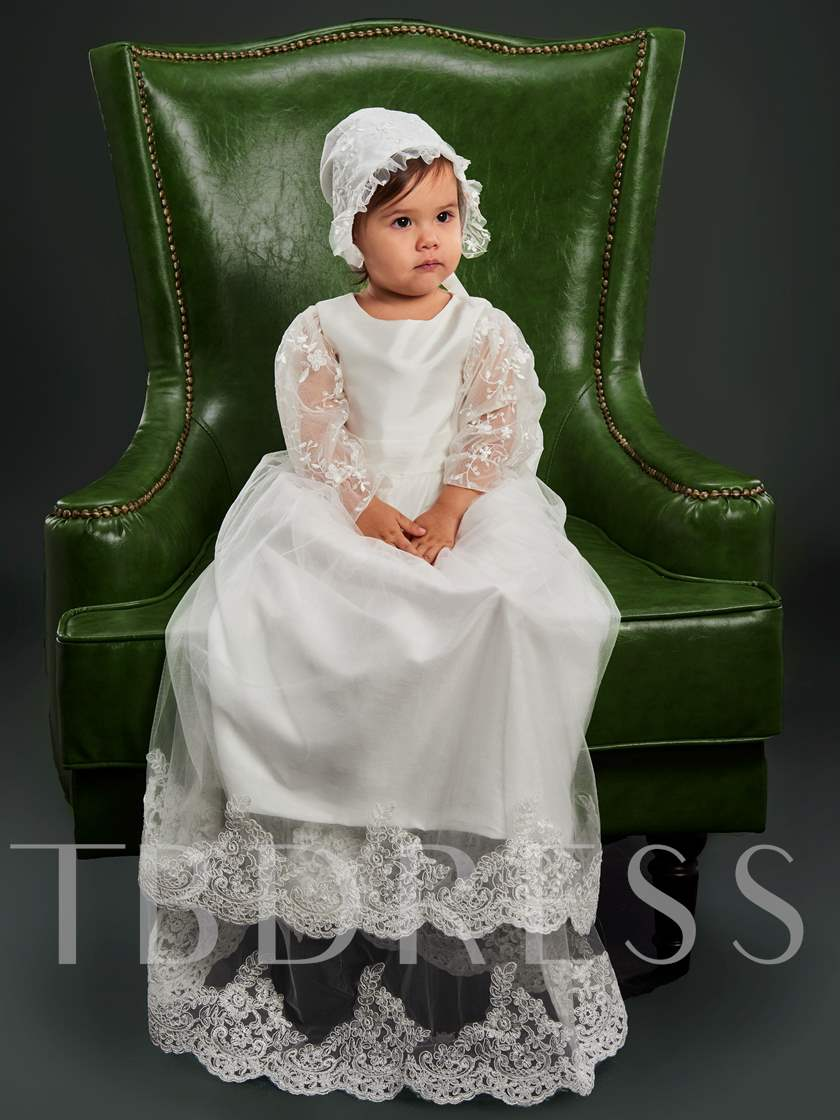 Baby Girls Lace Christening Gown with Bonnet