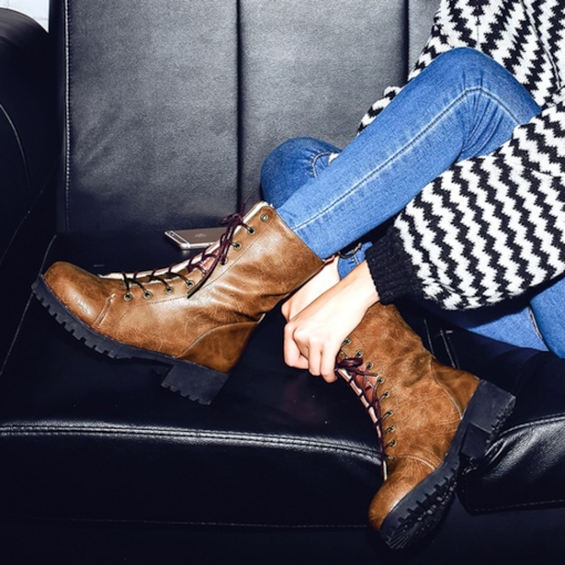 Chunky Heel Lace Up Short Floss Women's Martin Boots