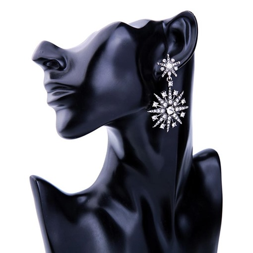 Snowflake Shaped Diamante Hollow Out Earrings