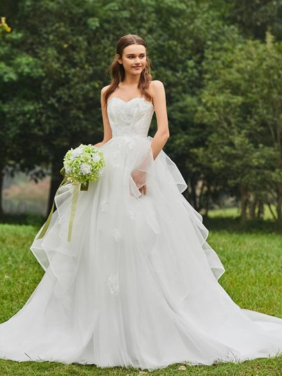 Ball Gown Tiered Appliques Strapless Wedding Dress