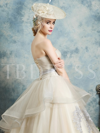 Sweetheart Appliques Bowknot Pleats Sashes Quinceanera Dress
