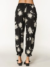 Loose Floral Print Pocket Women's Knickerbockers Pants
