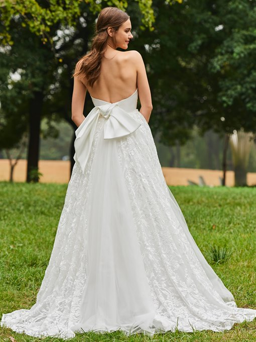 Strapless Bowknot Back Lace Garden Wedding Dress