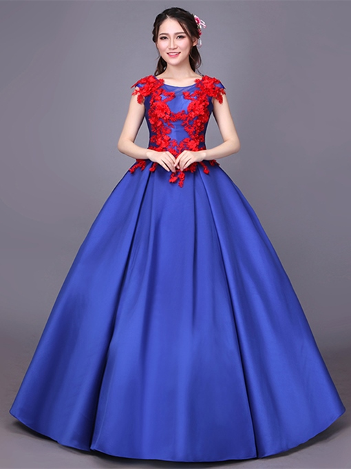 Cap Sleeves Appliques Scoop Floor-Length Quinceanera Dress