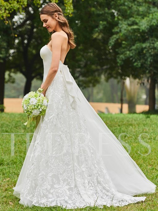 Bowknot Back Strapless Lace Wedding Dress