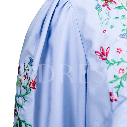 Round Neck Floral Embroideried Pullover Women's Blouse