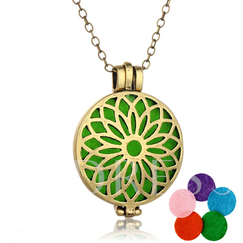 Sunflower Design Hollow Out Retro Essential Oil Diffuser Necklace