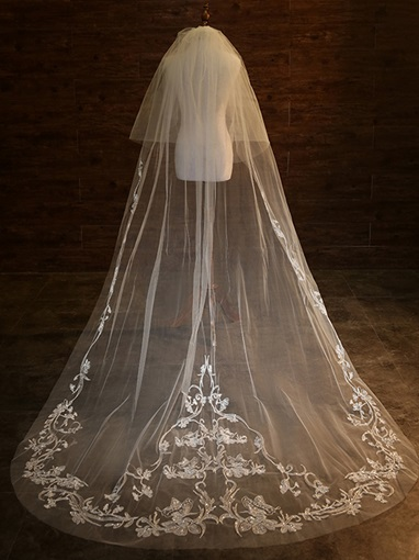 Sequined Appliques Wedding Veil