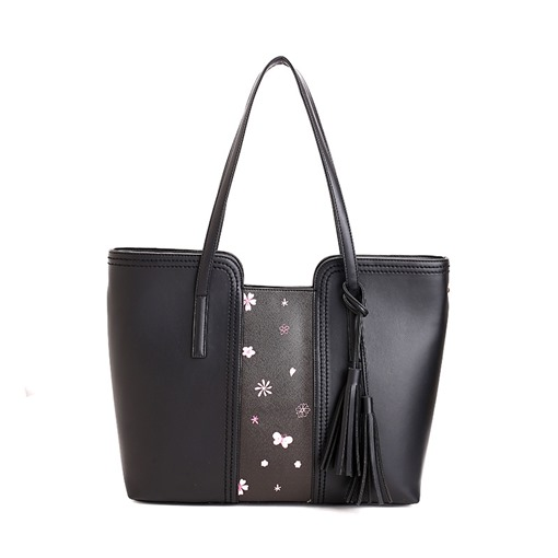 Casual Huge Space Tassel Shoulder Bag