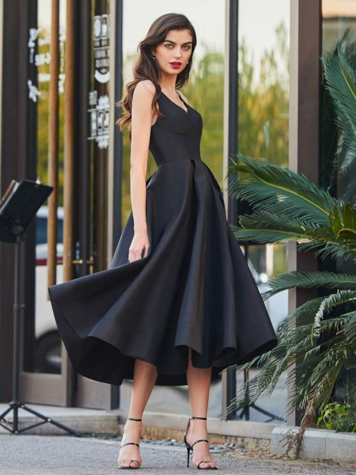 A-Line Straps Tea-Length Black Party Cocktail Dress
