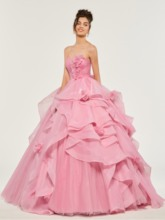 Sweetheart Tiered Appliques Ruffles Quinceanera Dress