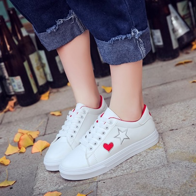 Platform Heart Embroidery Star Skaters for Women