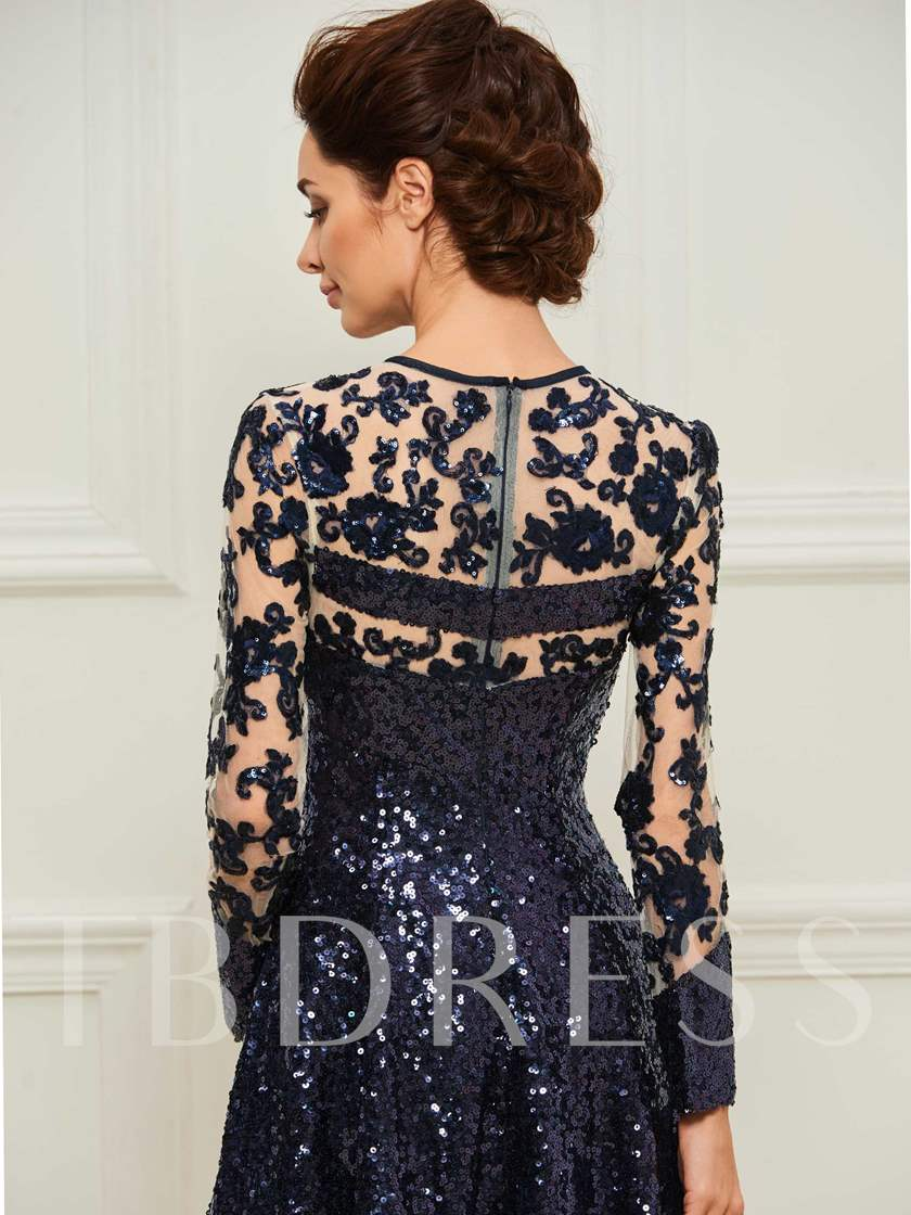 Sequines Knee-Length Mother of the Bride Dress with Long Sleeve