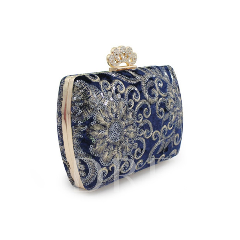 Vintage Embossing Women Clutch