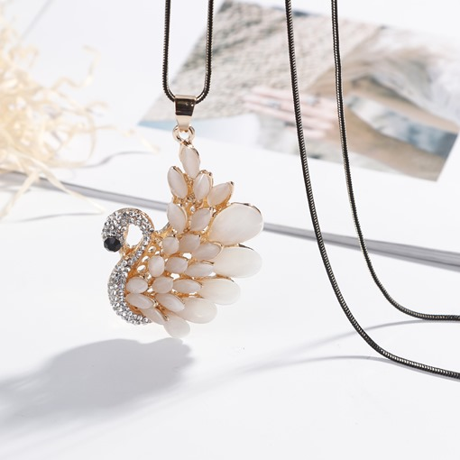 Diamante Swan Shaped Sweater Chain Necklace