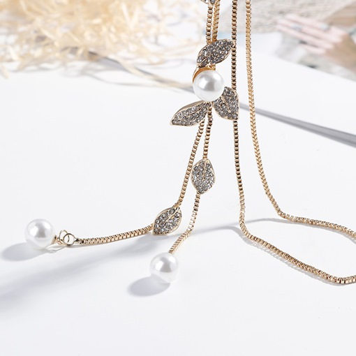 Imitation Pearl Leaf Sweater Chain Necklace