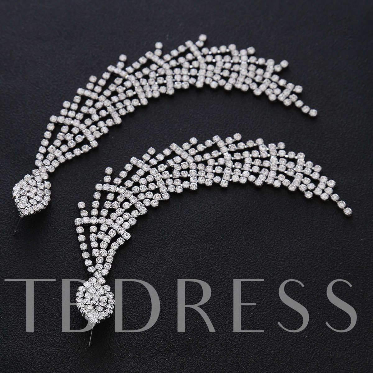 Diamante Hollow Out Long Chain Earrings