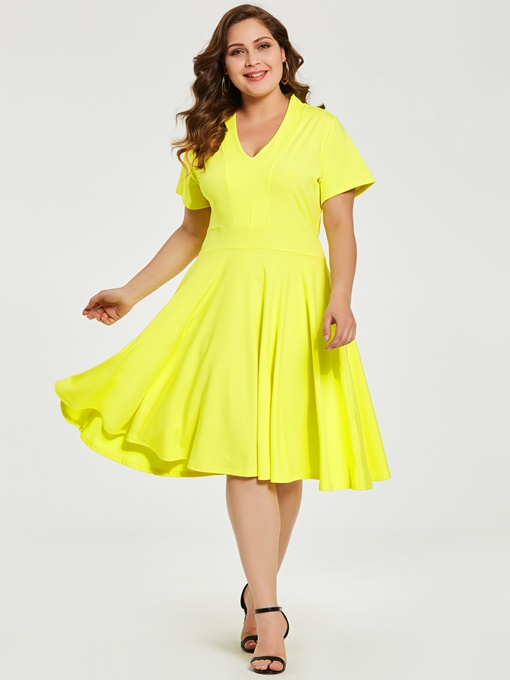 Yellow Plus Size Women's Day Dress