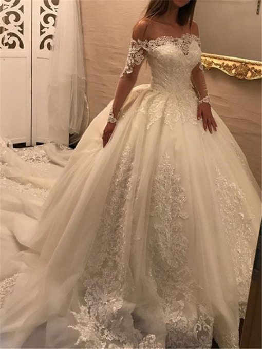Appliques Ball Gown Wedding Dress with Long Sleeves