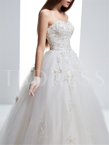 Ball Gown Sweetheart Lace Brush Lace-Up Wedding Dress