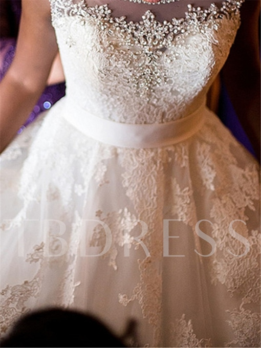 Scoop Neck Appliques Beading Wedding Dress