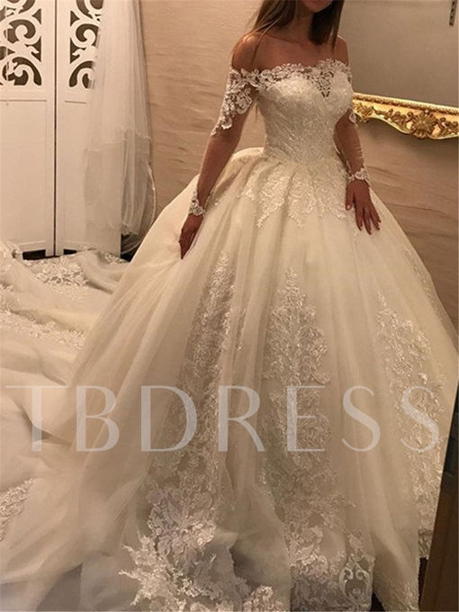 Ball Gown Appliques Long Sleeve Wedding Dress