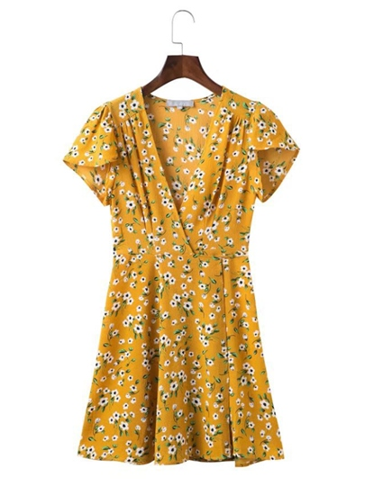 Yellow Short Sleeve Floral Women's Day Dress