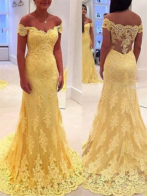 Off-the-Shoulder Court Train Lace Evening Dress