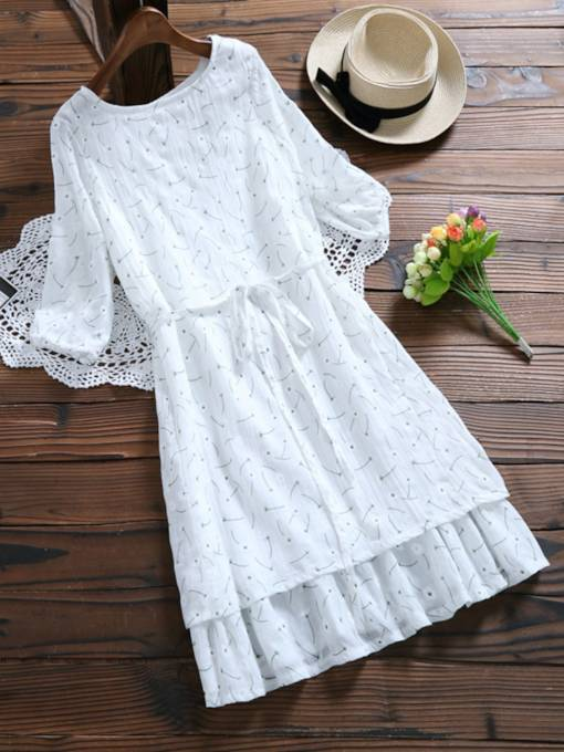 White Pullover Lace up Women's Day Dress