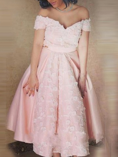 A-Line Off-the-Shoulder Appliques Tea-Length Homecoming Dress