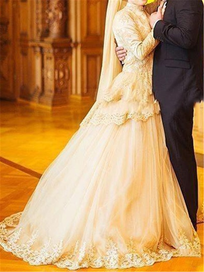 Long Sleeve Lace Ball Gown Court Train Muslim Wedding Dress