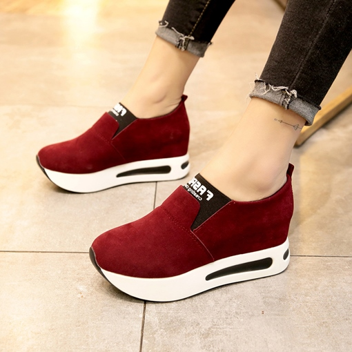 Slip-On Round Toe Platform Hidden Elevator Heel Sneakers