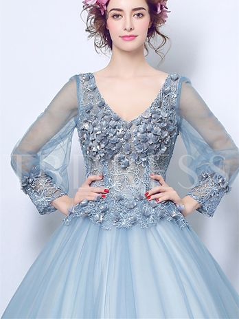 Flowers Lace V-Neck Quinceanera Dress