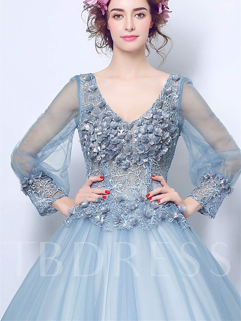 Long Sleeves V-Neck Flowers Lace Quinceanera Dress