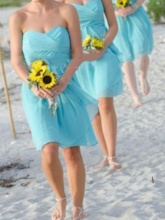 Sweetheart Pleats Beach Short Bridesmaid Dress