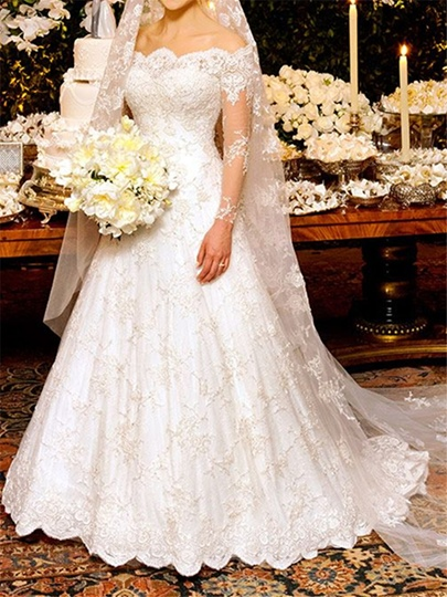 Vintage Appliques Lace Wedding Dress with Long Sleeve Vintage Appliques Lace Wedding Dress with Long Sleeve